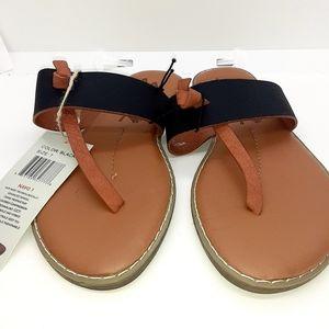 Seven  black thong    flip flops  size 7